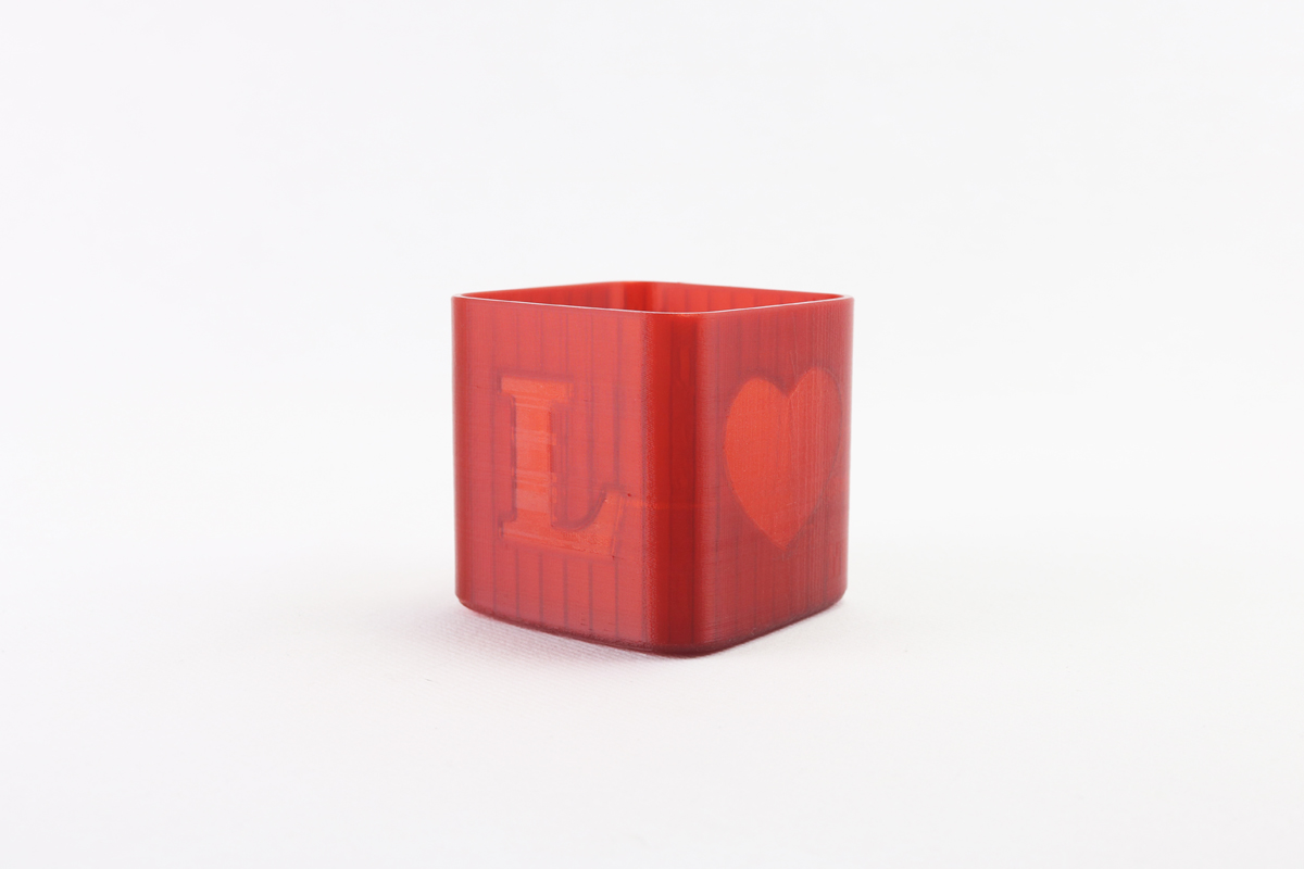 Tealight candle holder LOVE